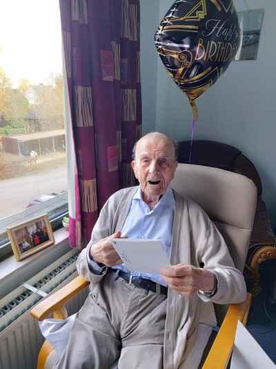 Hip Hip Hoera 102 jaar!!!